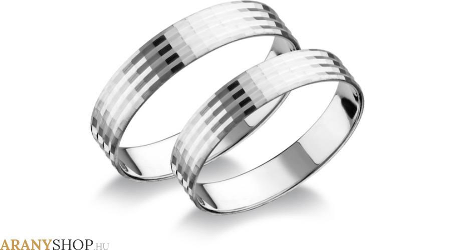 Nagyon felkapott az ezüst karikagyűrű